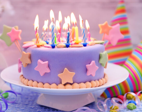 Cakes_Candles_Holidays_492141_3840x2400